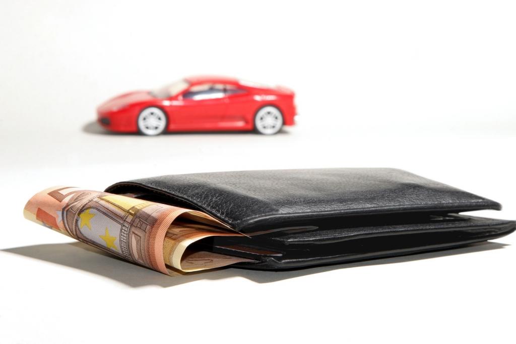 Podatek PCC należy zapłacić w ciągu 14 dni od zakupu samochodu